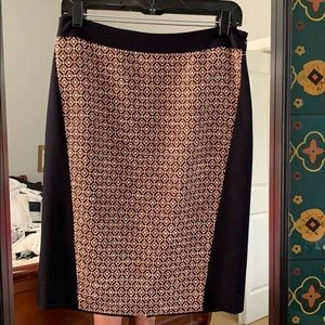 Embroidered pencil skirt